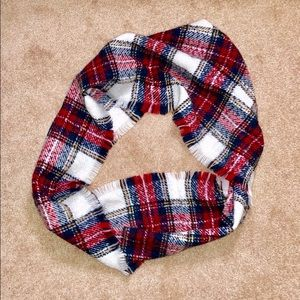 Free People Accessories - NWOT! Plaid Infinity Scarf